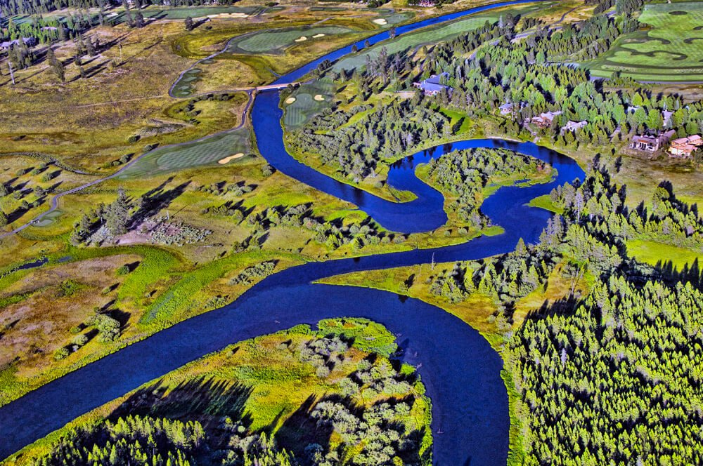 Winding-Deschutes River